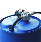Enlarge Suzzara Blue Portable AdBlue Transfer Pump - In Use