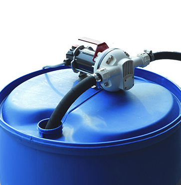 Suzzara Blue Portable AdBlue Transfer Pump - In Use